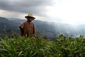epic-stories-haiti-corentin-fohlen-4-sur-20-300x200 REPORTAGE: 2 MOIS APRES LE SEISME, DANS LA CAMPAGNE HAITIENNE.