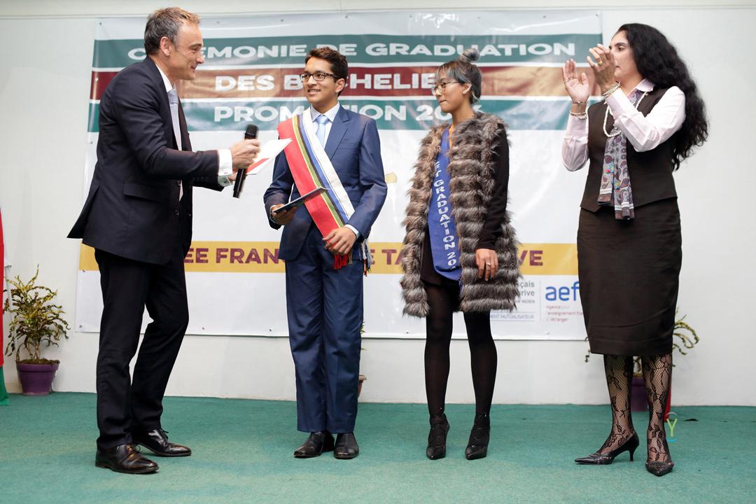 0765_DG_air_france_Graduation_LFT_16-07-01